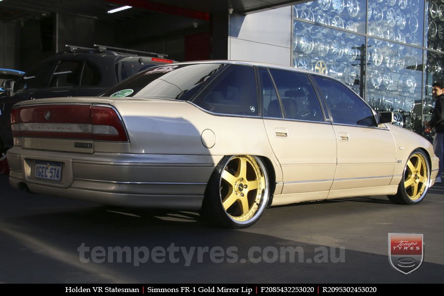 20x8.5 20x9.5 Simmons FR-1 Gold on HOLDEN STATESMAN