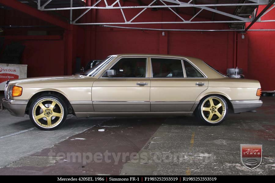 19x8.5 19x9.5 Simmons FR-1 Gold on MERCEDES 420SEL