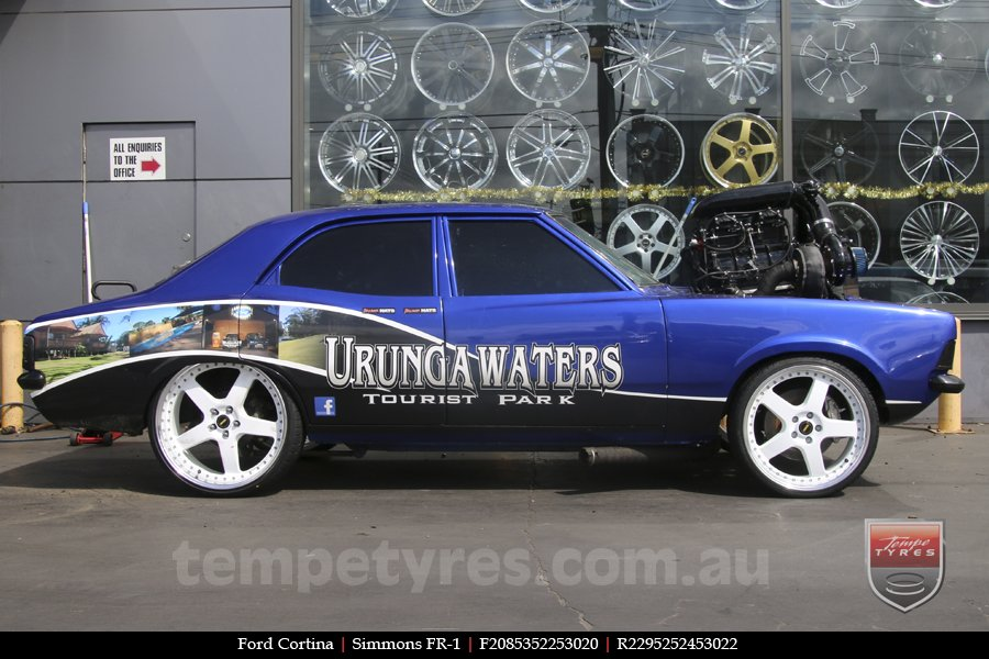 20x8.5 20x9.5 Simmons FR-1 White on FORD CORTINA