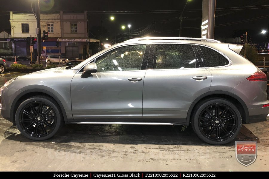 22x10 Cayenne11 Gloss Black on PORSCHE CAYENNE