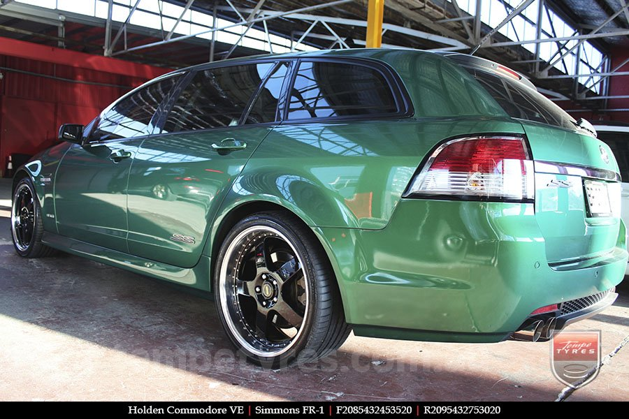 20x8.5 20x9.5 Simmons FR-1 Gloss Black on HOLDEN COMMODORE VE