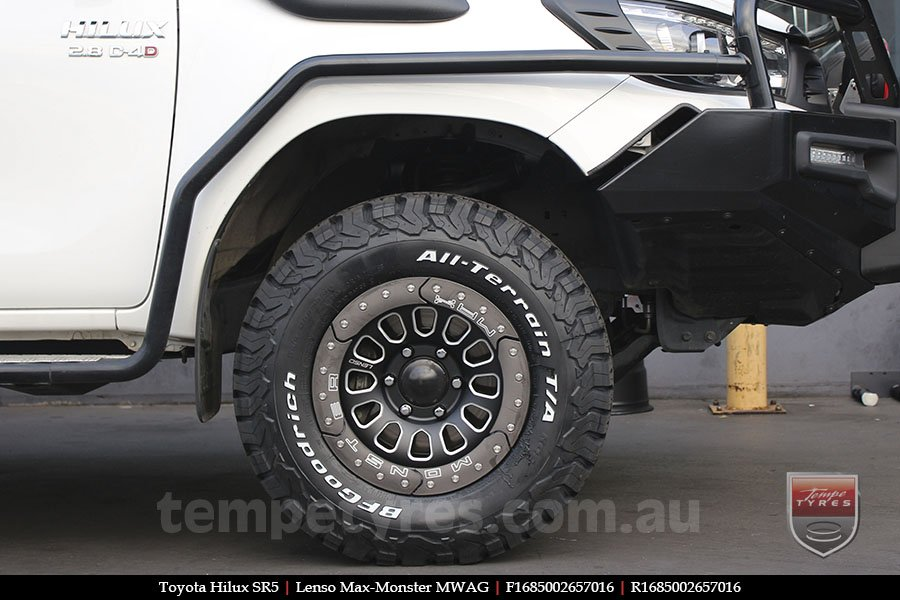 16x8.5 Lenso Max-Monster MWAG on TOYOTA HILUX SR5