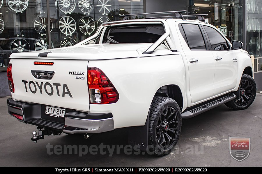 20x9.0 Simmons MAX X11 MBW on TOYOTA HILUX SR5
