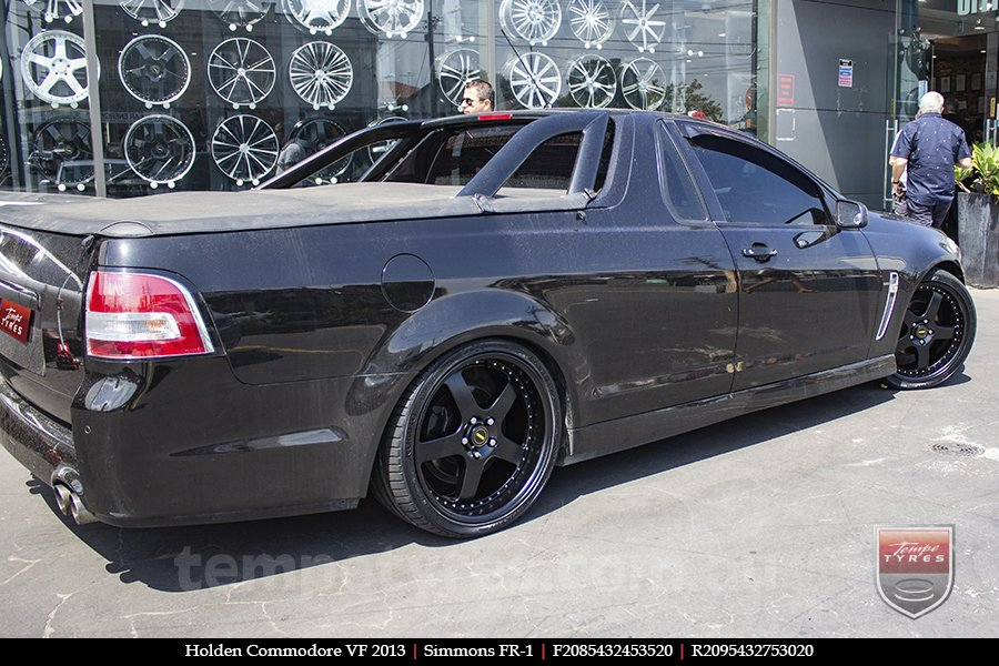 20x8.5 20x9.5 Simmons FR-1 Satin Black on HOLDEN COMMODORE VF