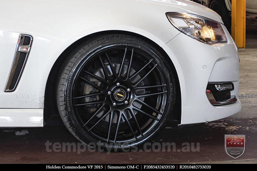 20x8.5 20x10 Simmons OM-C FB on HOLDEN COMMODORE VF
