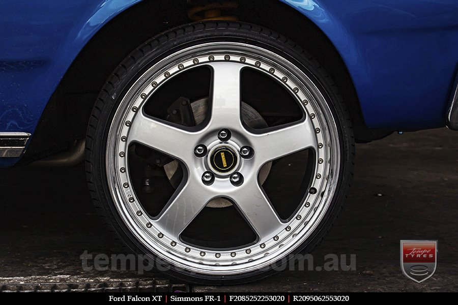 20x8.5 20x9.5 Simmons FR-1 Silver on FORD FALCON