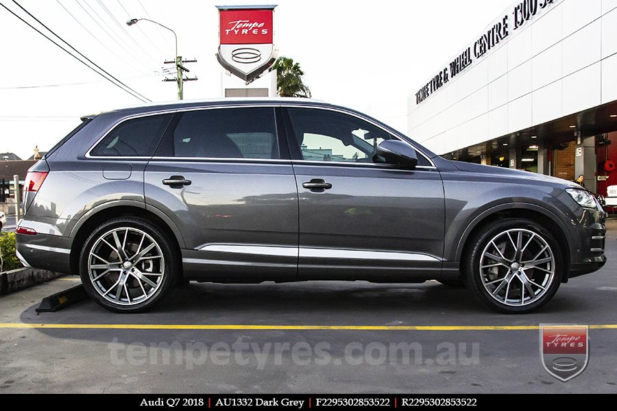 22x9.5 1332 AU1332 Dark Grey on AUDI Q7