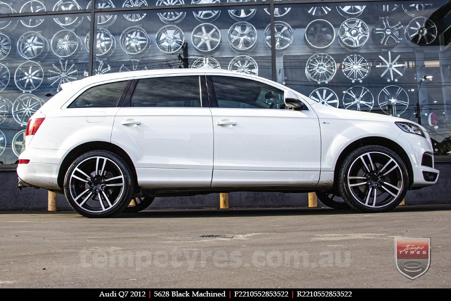 22x10 5628 Black Machined on AUDI Q7