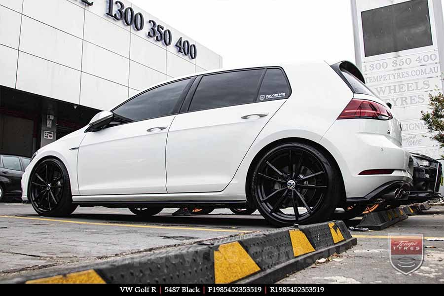 19x8.5 5487 Black on VW GOLF R