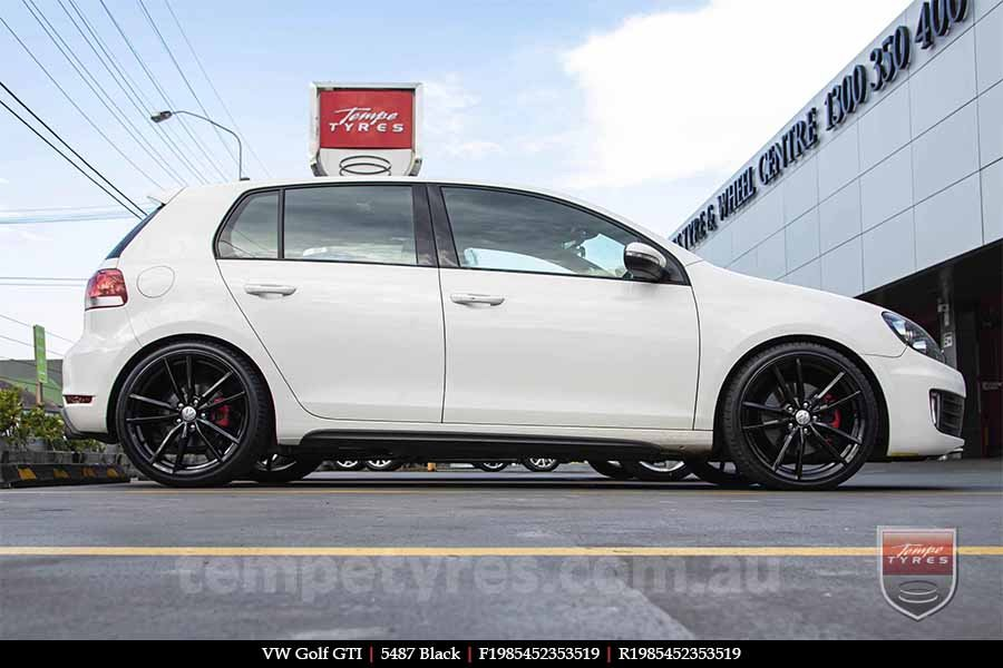 19x8.5 5487 Black on VW GOLF GTI