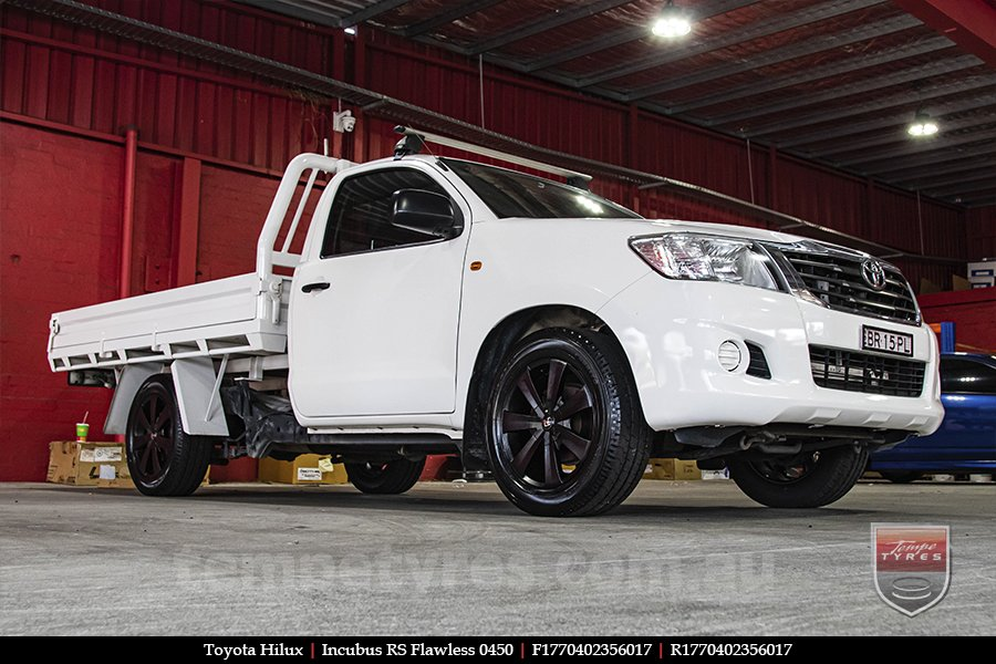 17x7.0 Incubus RS Flawless 0450 on TOYOTA HILUX