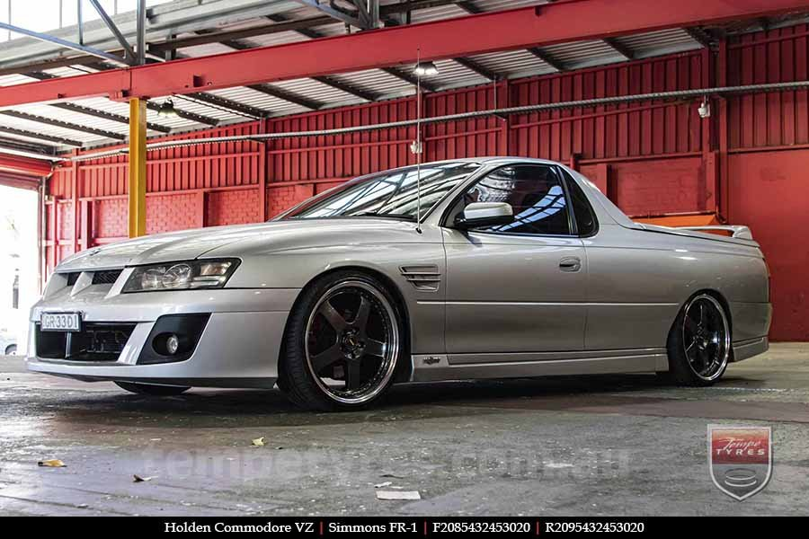 20x8.5 20x9.5 Simmons FR-1 Hyper Dark on HOLDEN COMMODORE VZ