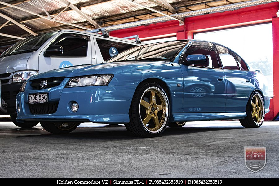 19x8.5 19x9.5 Simmons FR-1 Gold on HOLDEN COMMODORE VZ