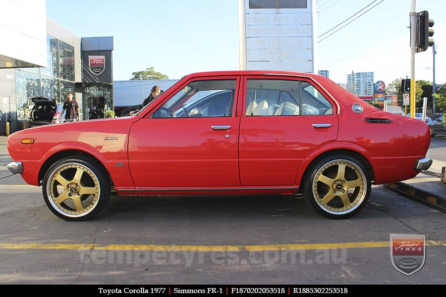 18x7.0 18x8.5 Simmons FR-1 Gold on TOYOTA COROLLA