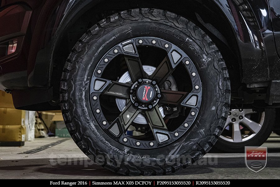 20x9.5 Simmons MAX X05 DCFOY on FORD RANGER
