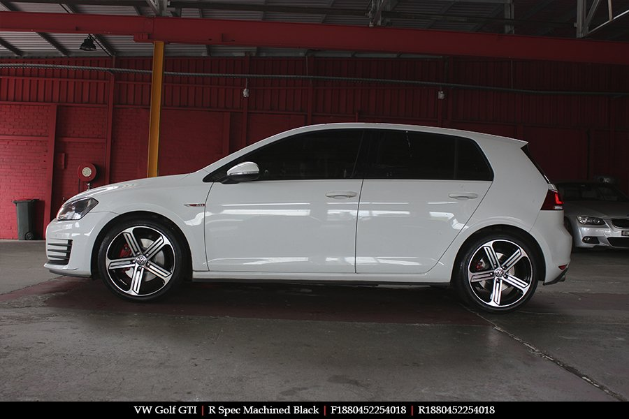 18x8.0 R Spec Machined Black on VW GOLF GTI