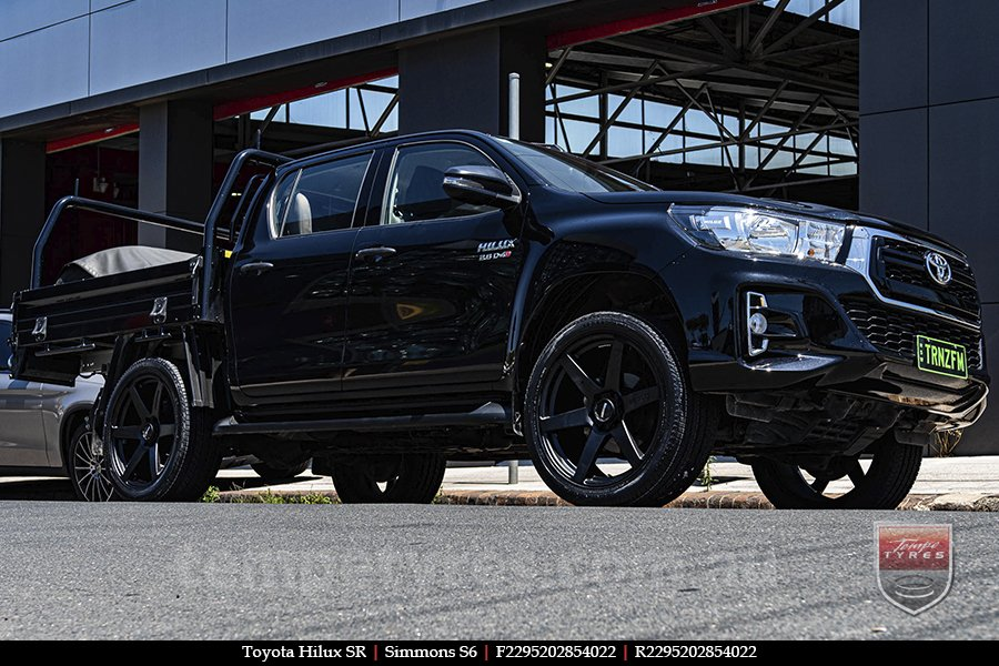 22x9.5 Simmons S6 Matte Black NCT on TOYOTA HILUX SR