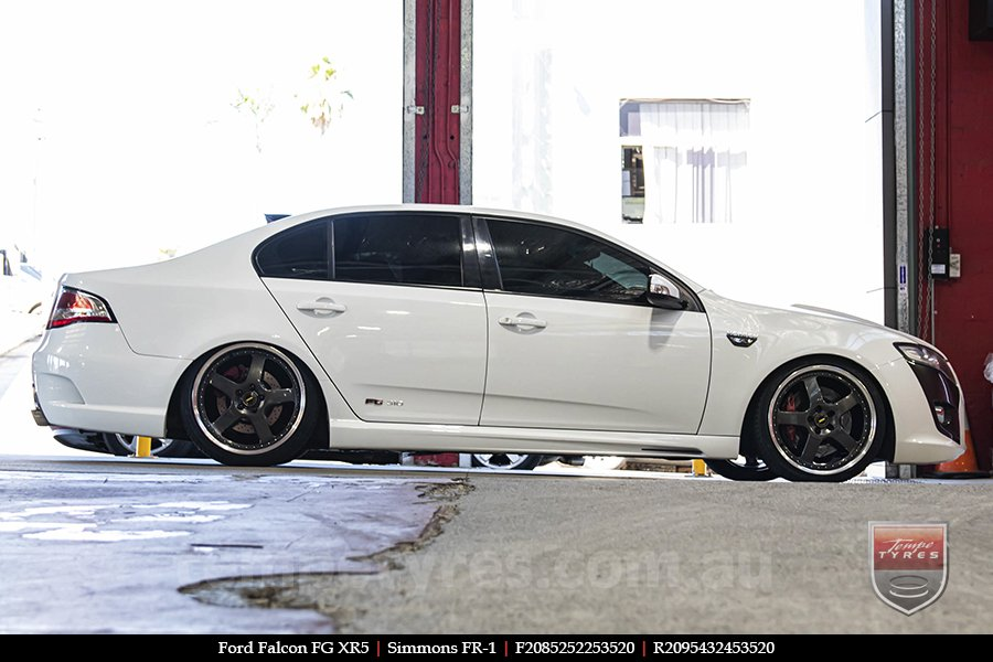 20x8.5 20x9.5 Simmons FR-1 Hyper Dark on FORD FALCON FG