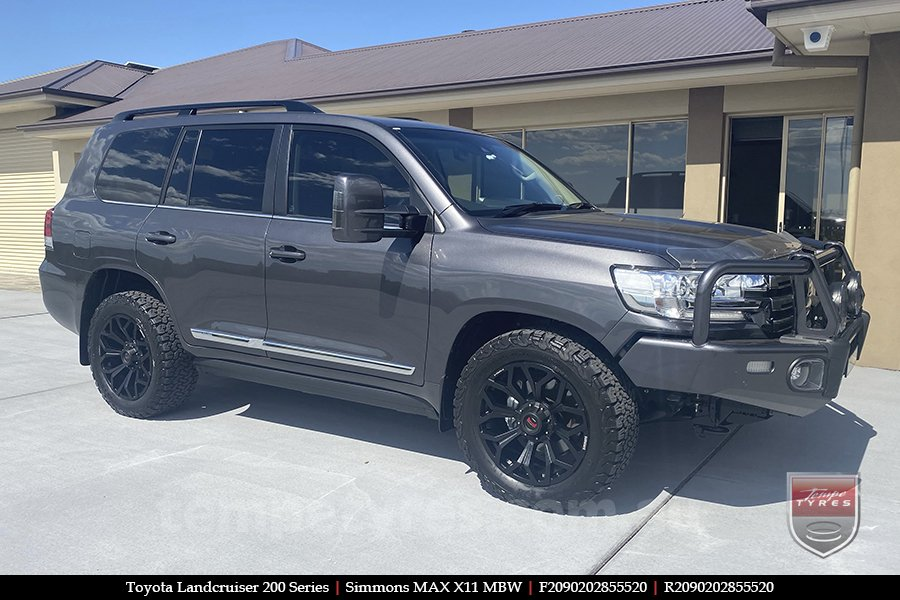 20x9.0 Simmons MAX X11 MBW on TOYOTA LANDCRUISER 200 SERIES