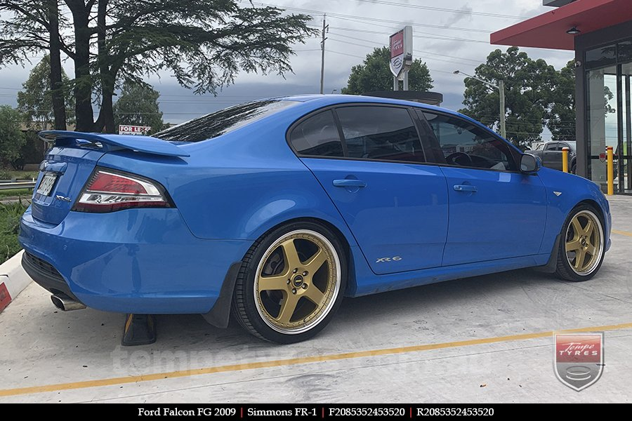 20x8.5 20x9.5 Simmons FR-1 Gold on FORD FALCON FG