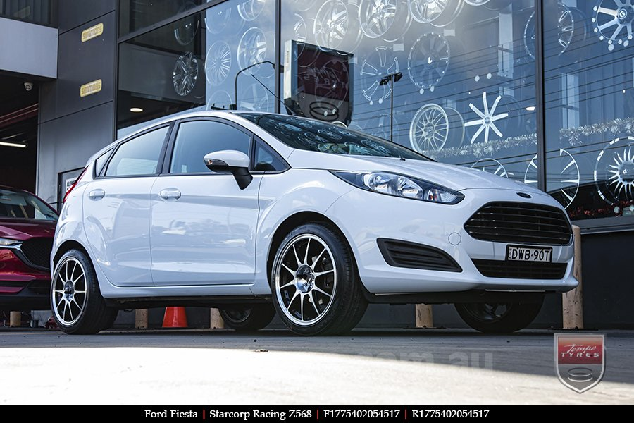 17x7.5 Starcorp Racing Z568 on FORD FIESTA