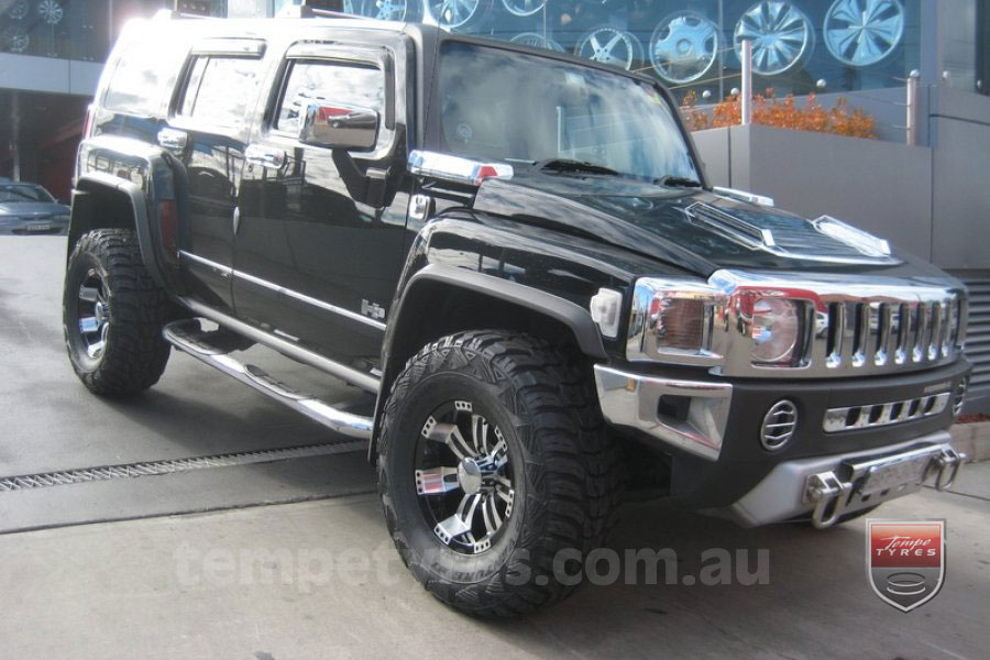 16x8.0 Incubus Poltergiest on HUMMER H3
