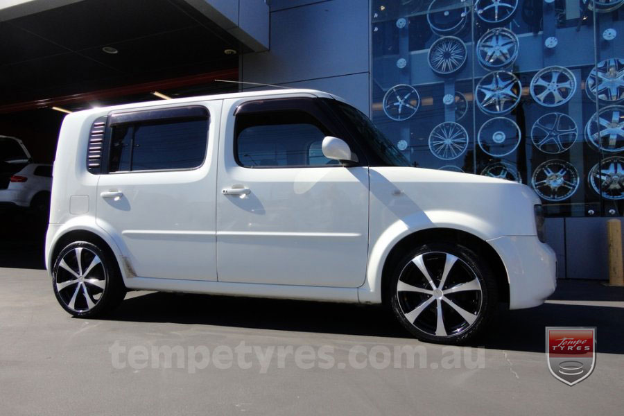 17x7.0 Lenso Elegance on NISSAN CUBE