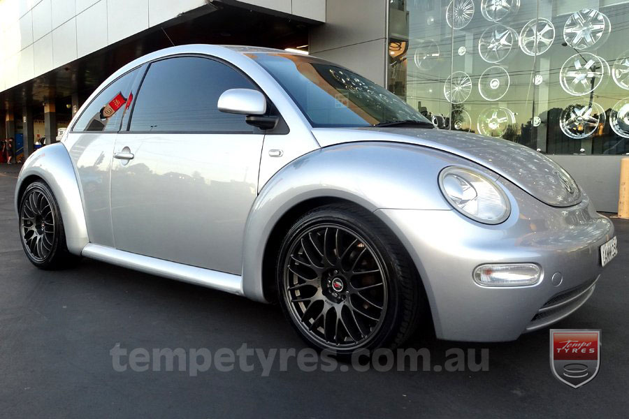 18x8.0 Lenso Type-M DG on VW BEETLE