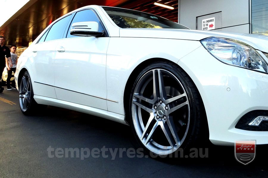20x8.5 Style5245 on MERCEDES C CLASS