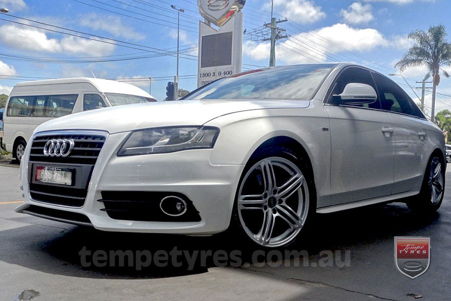 18x8.0 Style5733 on AUDI A4
