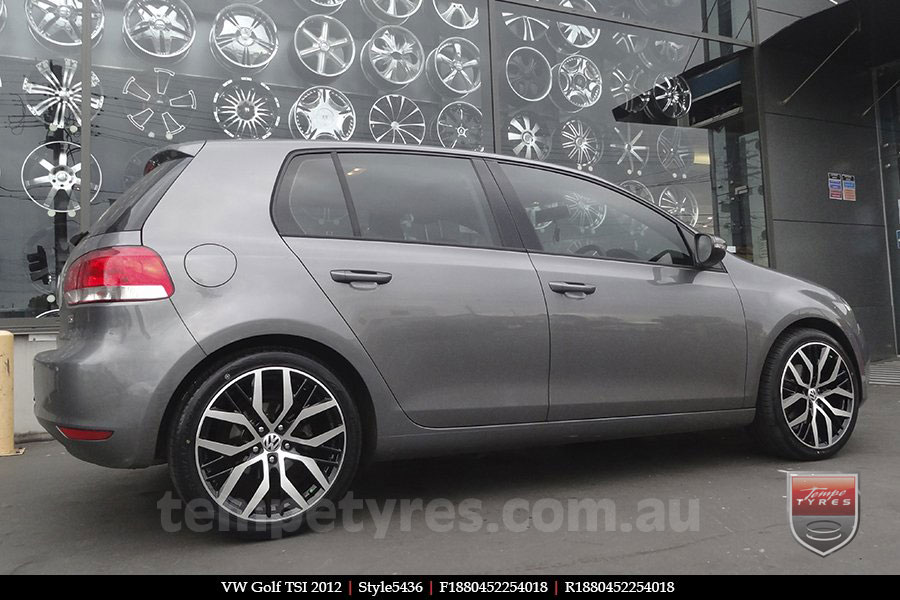 18x8.0 AN Style5436 on VW GOLF TSI