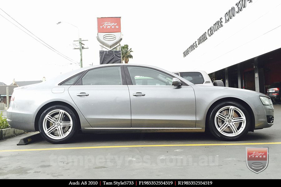 19x8.5 Style5733 on AUDI A8