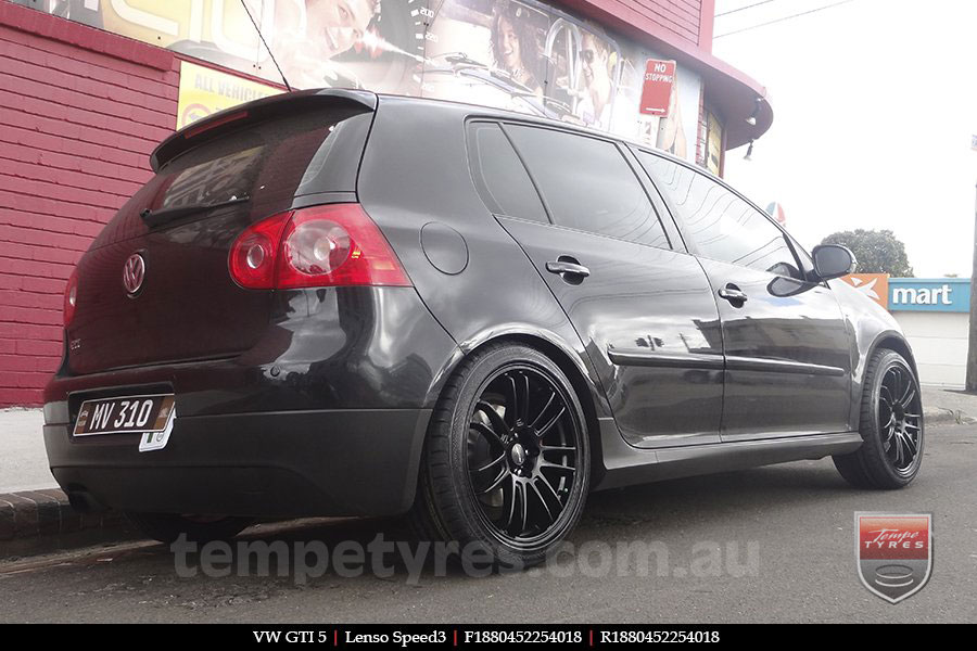 18x8.0 Lenso Speed 3 SP3 on VW GOLF GTI
