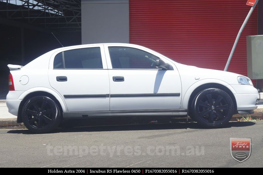 16x7.0 Incubus RS Flawless 0450 on HOLDEN ASTRA