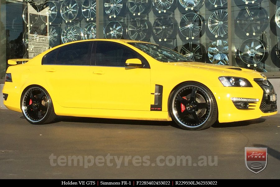 22x8.5 22x9.5 Simmons FR-1 Gloss Black Mirror Lip on HOLDEN COMMODORE VE GTS