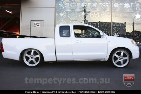 22x8.5 22x9.5 Simmons FR-1 Silver on TOYOTA HILUX