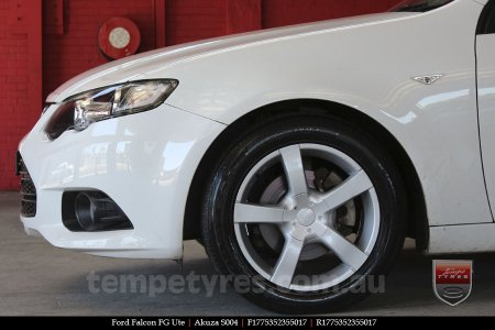 17x7.5 Akuza S004 on FORD FALCON