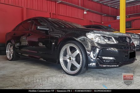 22x8.5 22x9.5 Simmons FR-1 Silver on HOLDEN COMMODORE