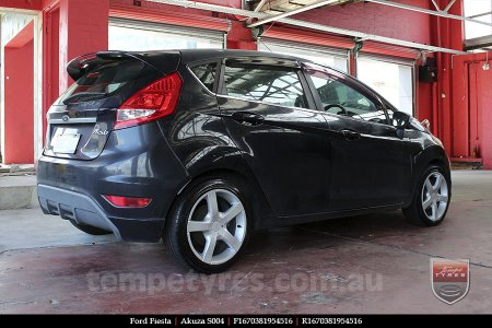 16x7.0 Akuza S004 on FORD FIESTA