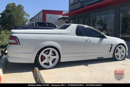 22x8.5 22x9.5 Simmons FR-1 White on HOLDEN MALOO