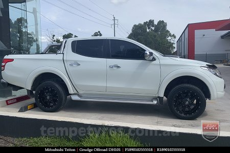 18x9.0 Grudge Offroad DH101 on MITSUBISHI TRITON