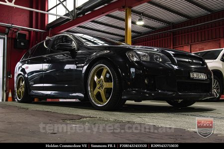 20x8.5 20x9.5 Simmons FR-1 Gold on HOLDEN COMMODORE VE