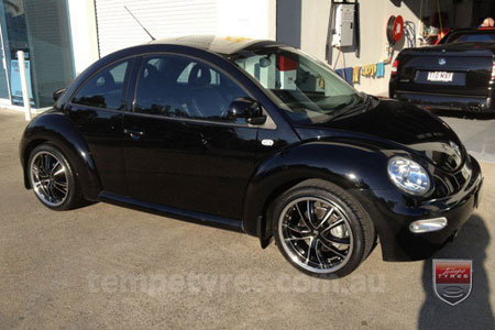 18x8.5 Lenso Eurostyle 7 ES7 on VW BEETLE