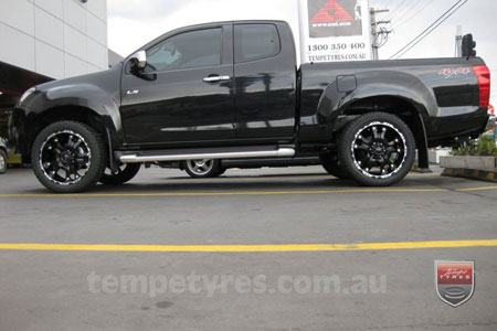 20x9.0 Ballistic Hostel Black on ISUZU D-MAX