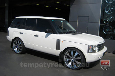24x10 Lenso Concerto - BKI on RANGE ROVER VOGUE