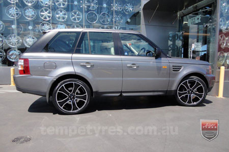 22x9.5 Style5932 Black on RANGE ROVER SPORT