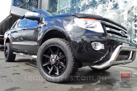20x9.0 Ballistic Razorback on FORD RANGER