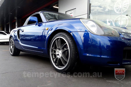 17x7.0 Lenso DC5 on TOYOTA MR2