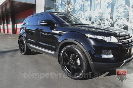 19x8.5 Oxxo Wheels 0492 on RANGE ROVER EVOQUE