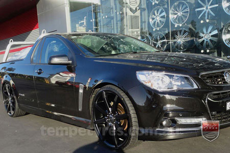 22x8.5 Incubus Zenith - FB on HOLDEN VF COMMODORE